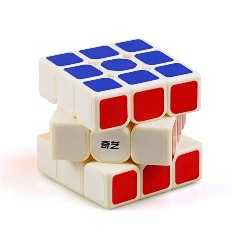 Оригинальный кубик Рубика 3 на 3 Qiyi Cube в белом пластике