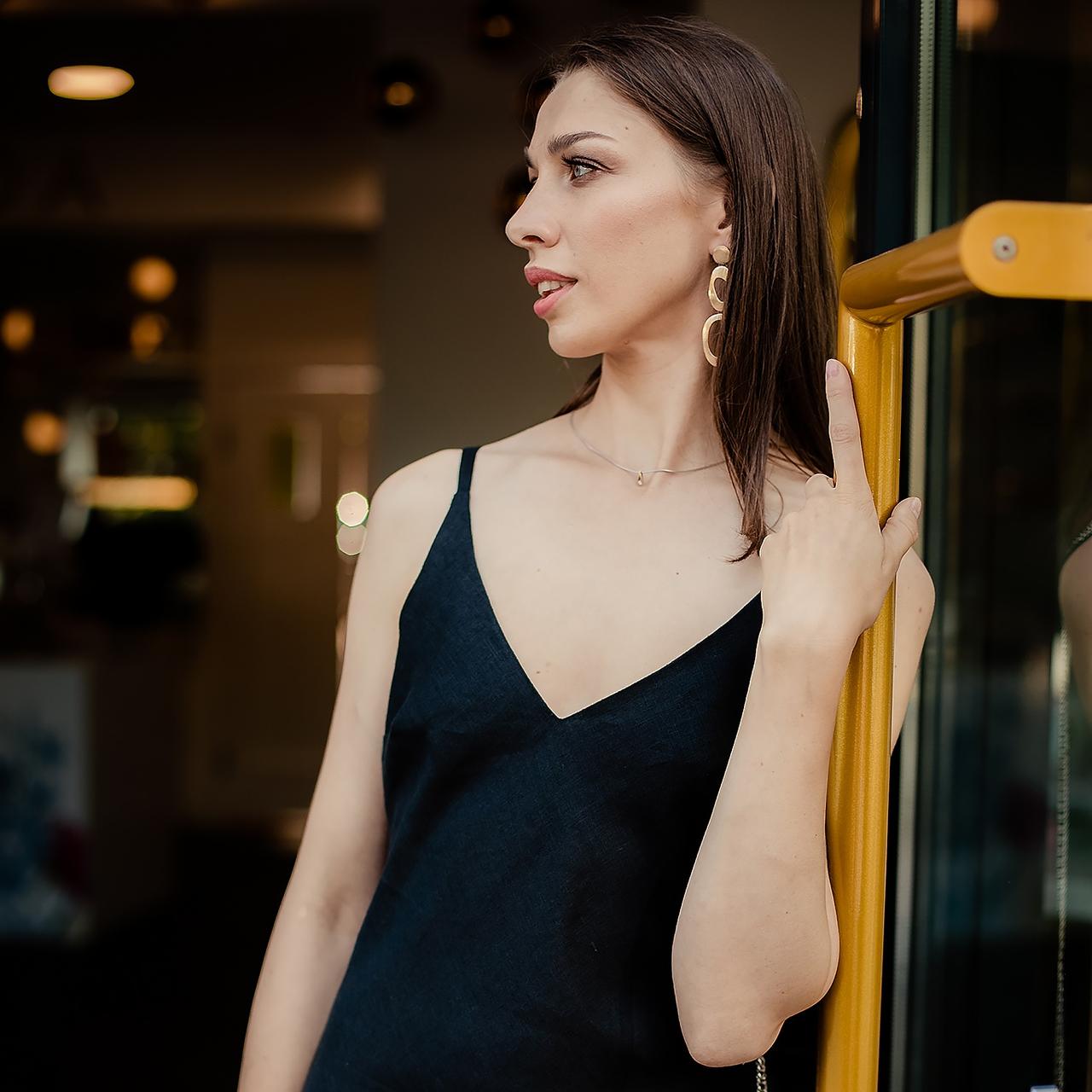 Льняное черное платье-комбинация - фото 3