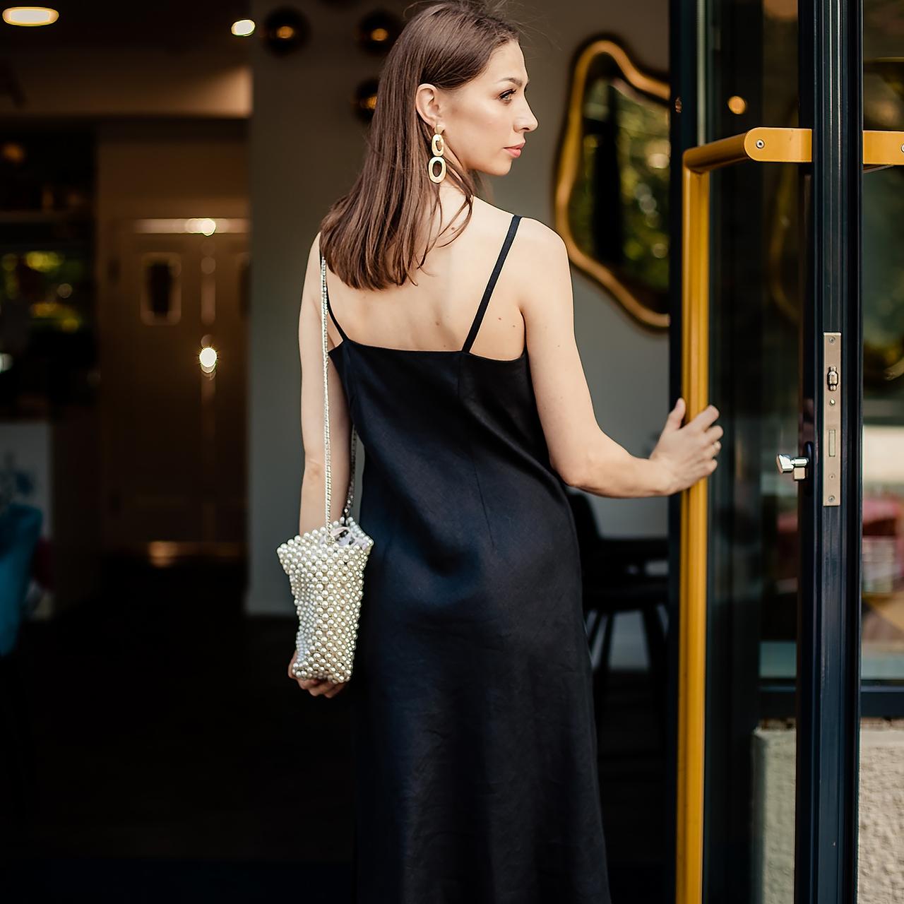 Льняное черное платье-комбинация - фото 2