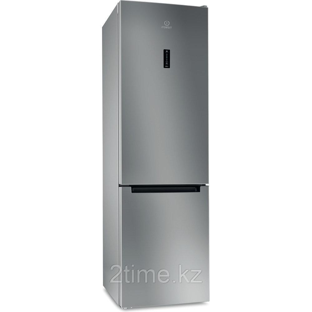 Холодильник Indesit DF 5200 S двухкамерный