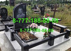 Гранитные комплексы на кладбище 12