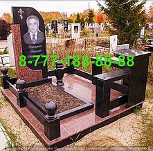 Гранитные комплексы на кладбище 9