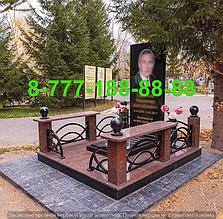 Гранитные комплексы на кладбище 24