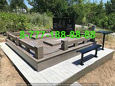 Гранитные комплексы на кладбище 5