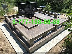 Гранитные комплексы на кладбище 26