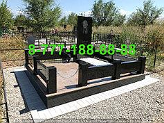 Гранитные комплексы на кладбище 6