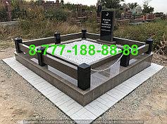 Гранитные комплексы на кладбище 19