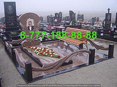Гранитные комплексы на кладбище 33