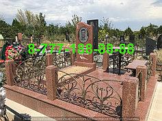 Гранитные комплексы на кладбище 22