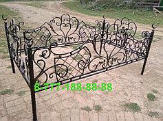 Оградки на кладбище 13