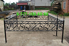 Оградки на кладбище 8