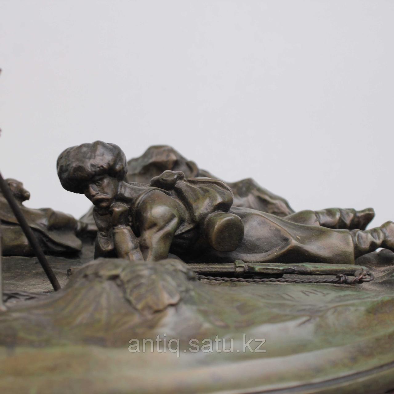 Черкес, заметивший врага. По модели российского скульптора В.Я. Грачева - фото 4
