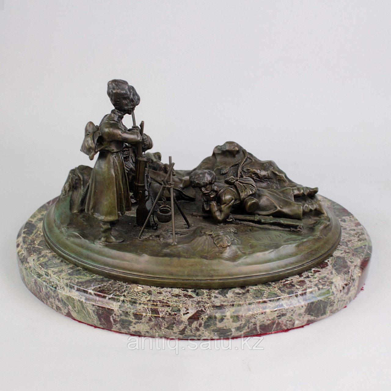 Черкес, заметивший врага. По модели российского скульптора В.Я. Грачева - фото 8