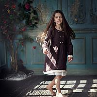 Льняное шоколадное платье для девочек с кружевом