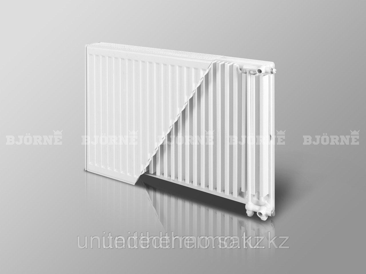 Стальной панельный радиатор Bjorne тип 22VK  H400мм*L400мм до L3000мм нижнее подключение