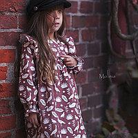 """Льняное детское платье с крылышками, бордового цвета с анималистическим принтом """"райские птицы"""""""