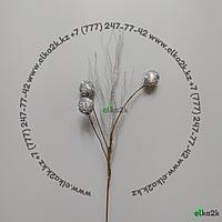 """Украшение """"рождественская ветка"""" для оформления новогодней ёлки, элементов интерьера или экспозиций"""
