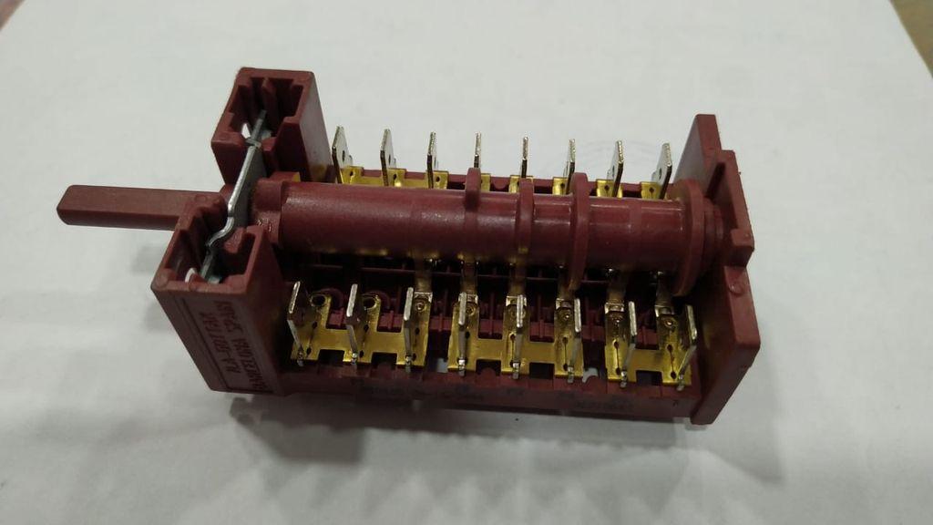 Переключатель плиты VESTEL 32010640  GOTTAK 850605 позиции 4+0