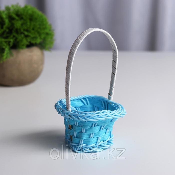Миниатюра кукольная - корзинка, цвет голубой - фото 1