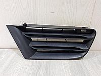 8200412380 Решетка радиатора правая для Renault Megane 2 2003-2009 Б/У