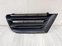 8200412381 Решетка радиатора левая для Renault Megane 2 2003-2009 Б/У