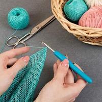Крючок для вязания, с силиконовой ручкой, d  4 мм, 14 см, цвет голубой (комплект из 2 шт.)