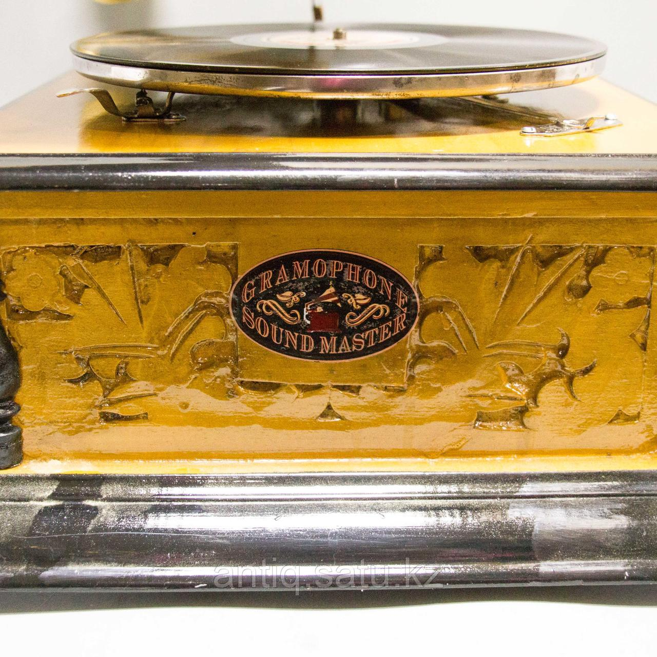 Граммофон. 5 старинных пластинок в подарок покупателю. - фото 3