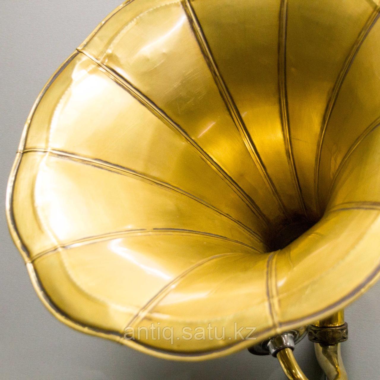 Голландский граммофон. 5 старинных пластинок в подарок покупателю. - фото 2