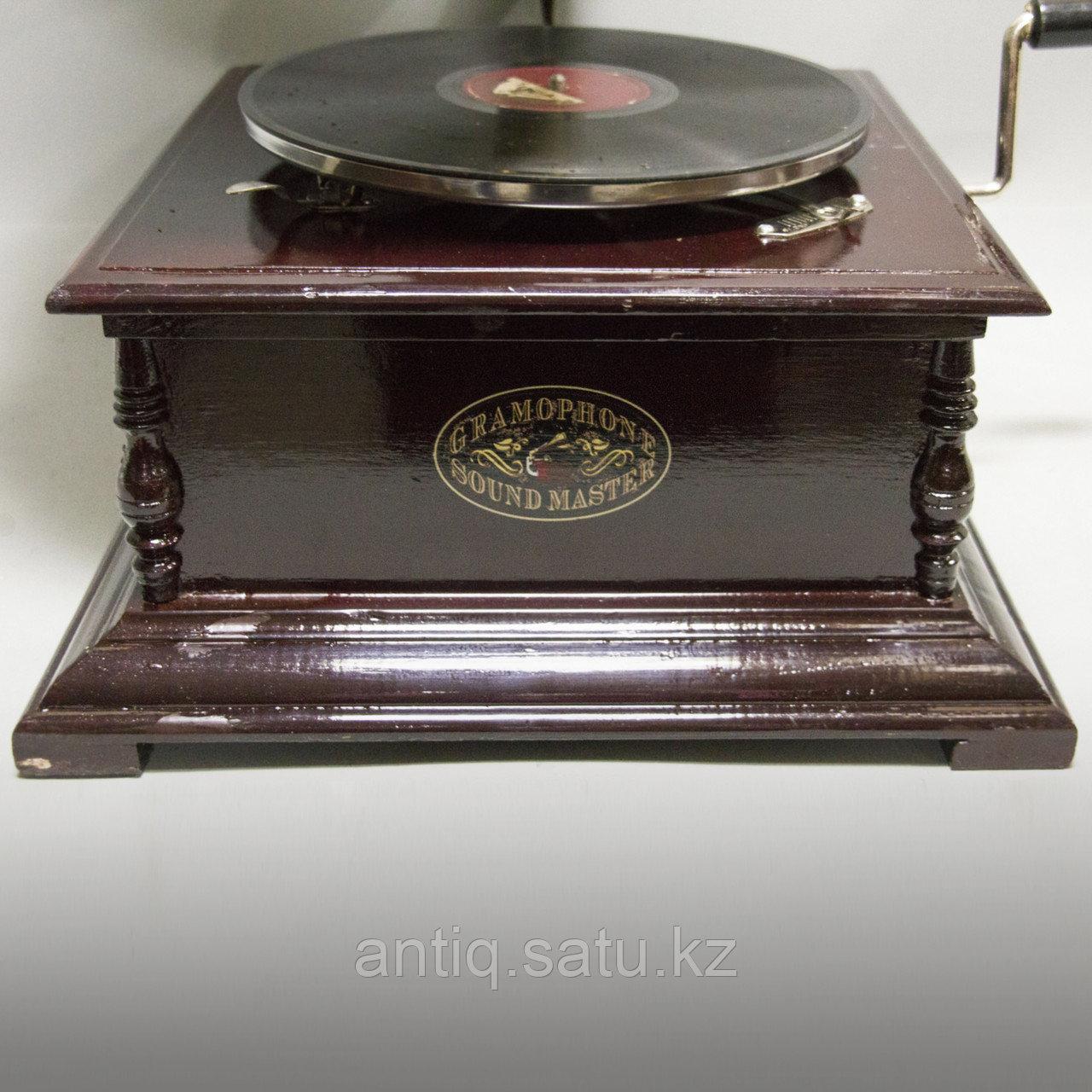 Голландский граммофон. 5 старинных пластинок в подарок покупателю. - фото 4