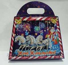 Коробка для новогодних подарков. Сундучок № 2