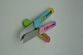 Нож канцелярский разноцветный большой, фото 2