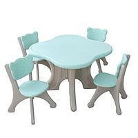Пластиковые столик + 4 стула