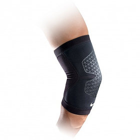 Бандаж Nike Pro Combat Elbow Sleeve