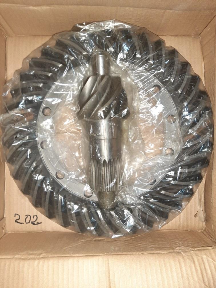 Зуб передачи бортового редуктора LW500F (50 шл, 3 сателлита, 61 зуб) 41шл.