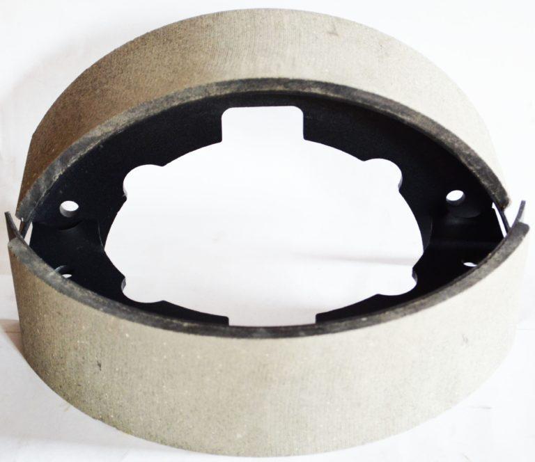 Колодка ручного тормоза в сбореYCX. 4.1/YCX2-1/GB872-86