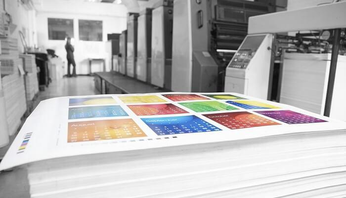 Цветная распечатка файлов на бумаге формата А4 толщиной 300 мм