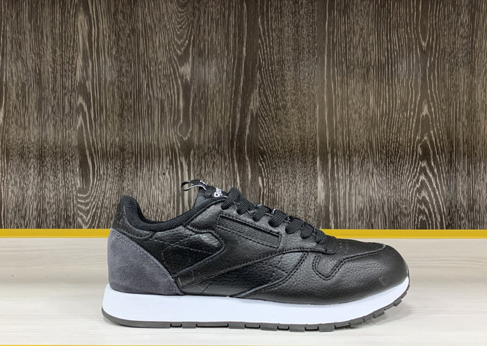 Кроссовки Reebok Classic Leather 44
