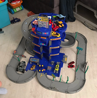 Паркинг 4-уровневый с дорогой и 3 автомобилями синий в коробке