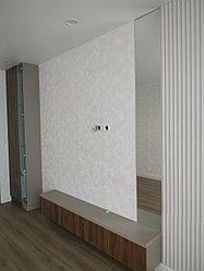 В гостиную: Шкаф, тумба, зеркало
