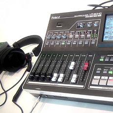 Профессиональное аудио-, видео-, фото оборудование