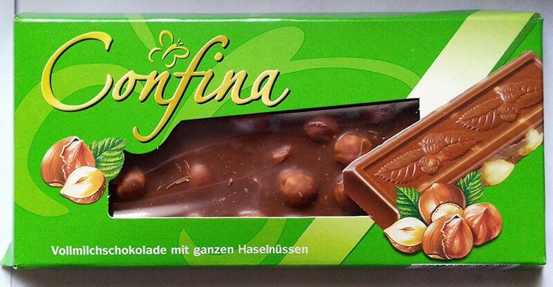 Молочный Шоколад Confina с лесными орехами 100гр