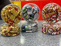 Снеговички, санта, медвежата, дед мороз шоколадный в пластиковой коробочке 25шт 125гр