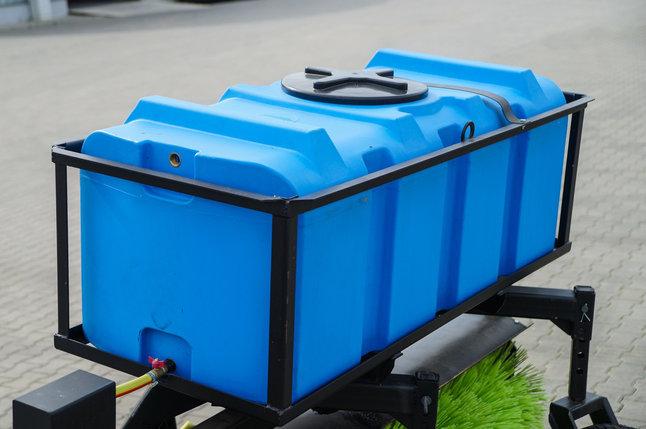 ОБОРУДОВАНИЕ ЩЕТОЧНОЕ поливо-моечное бак 300 литров ИУЦЛ 32.00.000-02 МТЗ-80-82, фото 2