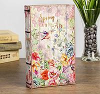 Книга сейф Весна в воздухе кожзам