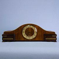 Настольные часы с Вестминстерским боем. Германия. Середина ХХ века. Массив ореха.