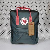 Стильный рюкзак Fjallraven Kanken Classic. Цвет голубой розовом ремешком отличный вариант для повседневные