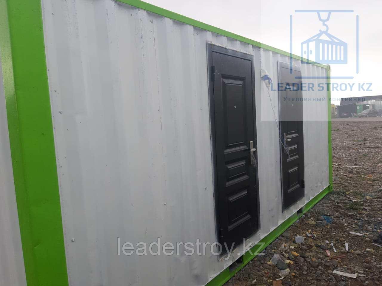 Модульный туалет из 20 фут. контейнера на 4 кабинки