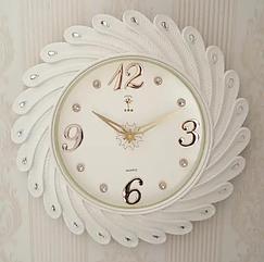 Часы интерьерные настенные белые