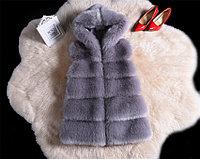 Меховая жилетка с капюшоном. Серая., фото 1