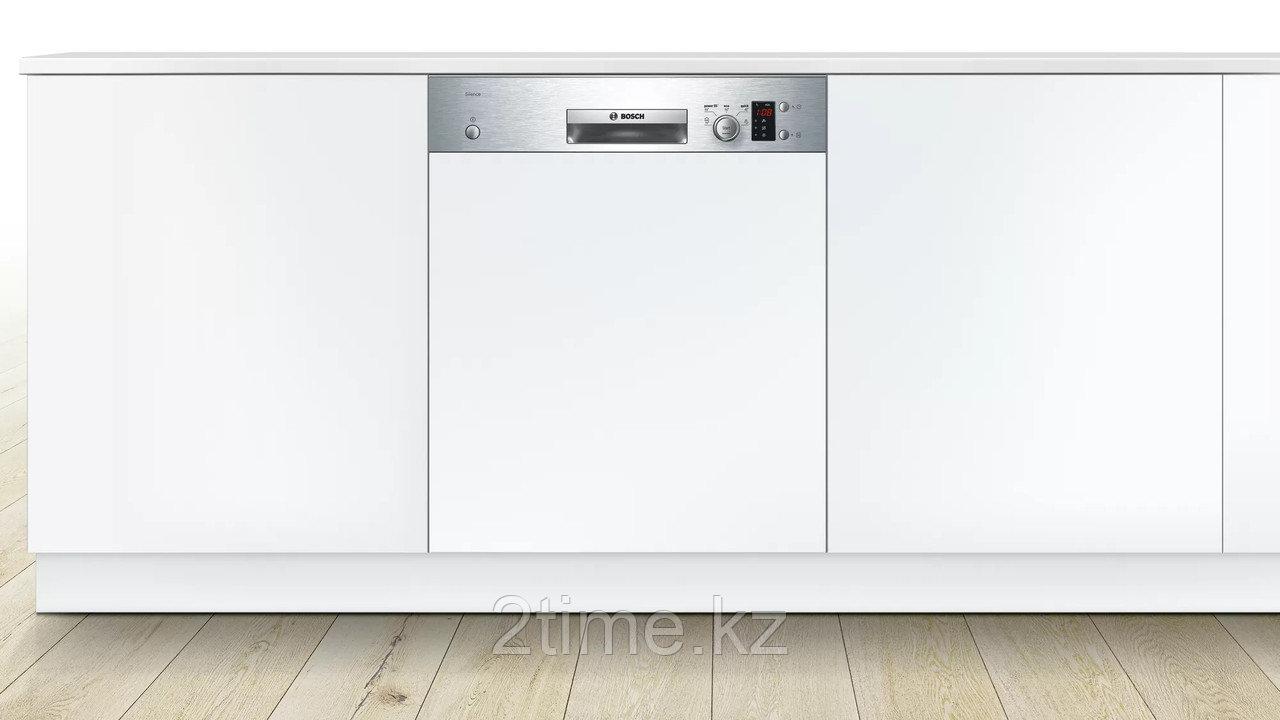 Встраиваемая посудомоечная машина Bosch SMI- 50D05TR